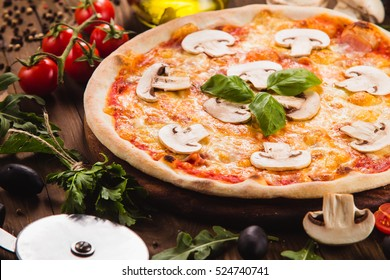 "Classic Italian Pizza ""Margarita"""