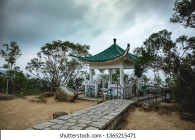 A classic Lamma pavillion, Hong Kong. You can find about 10 of them in the hike between the two main villages, Yung Shue Wan and Sok Kwu Wan. They are panoramic point in which you can enjoy the view.