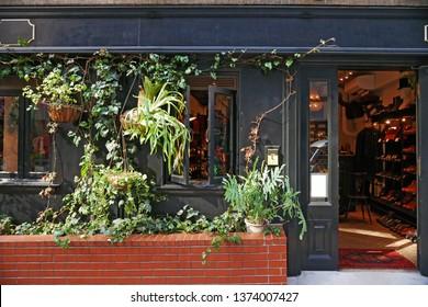 Classic shop (cloth shop)