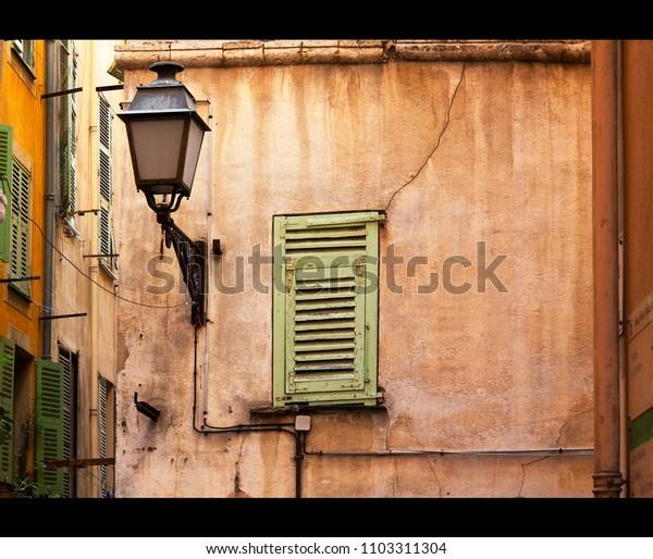 classic south of france street