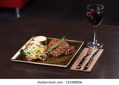 Classic Steak and red wine dinner