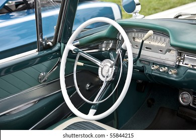 Classic White Steering Wheel with Green Interior