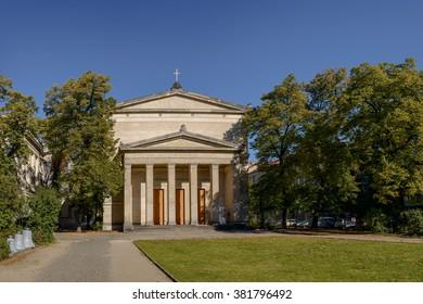 """Classicist Church of St Elisabeth, one of the four """"Berliner Vorstadtkirchen"""" (""""Berlin Suburbia Churches"""") by Karl Friedrich Schinkel."""
