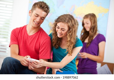 Classroom: Friends Compare Report Cards For Semester