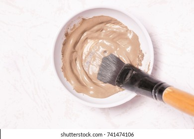 Clay facial mask