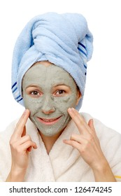The clay facial mask healing and beauty effects
