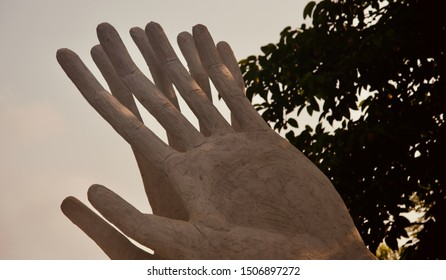 Clay made artificial human hands with fingers unique photo