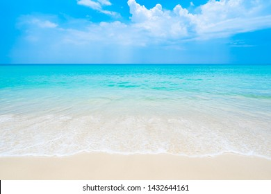 The clean and beautiful white beach of southern Thailand