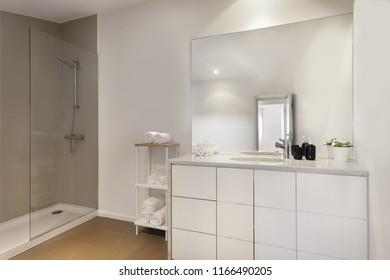 Clean fresh and bright Bathroom