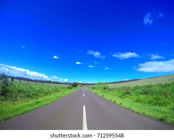 Clean Roadway, Easter Island, September 2016