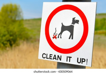 Clean it up sign in the park