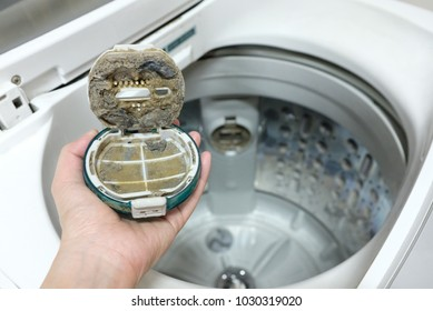 Cleaning The Debris Filter In Top load Washing Machine