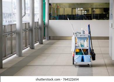 Cleaning equipment cart on the floor with nobody in office building