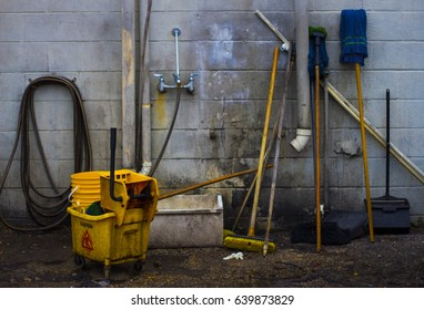 Cleaning room - Shutterstock ID 639873829