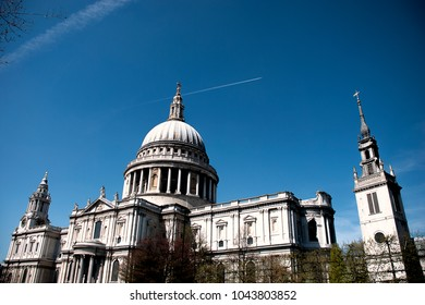 Clear blue skies about St Paul's Cathedral in London