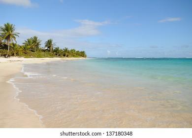 The clear Caribbean waters of Flamenco Beach on Culebra Island, Puerto Rico