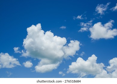 Clear sky and cloud in sunshine day.