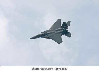 CLEVELAND, OHIO - SEPT. 6: a USAF F-15 Eagle fighter aircraft flies at the Cleveland National Airshow on Sept. 6, 2009 in Cleveland, Ohio.