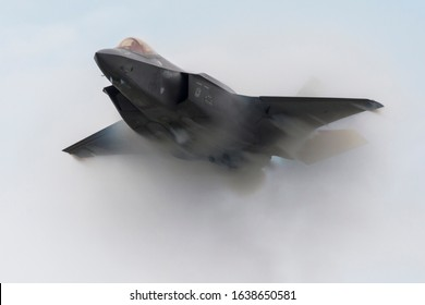 CLEVELAND, OHIO / USA - September 1, 2019: A United States Air Force F-35 Lightning II performs a demo at the 2019 Cleveland Airshow.