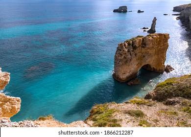 Steigen Sie an der Nordküste von Syrakus in Sizilien ein