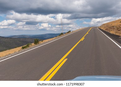 cliff edge drive along trail ridge road in Rocky Mountain National Park, Colorado