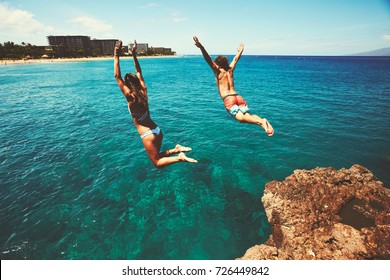 Klettern Sie in den Ozean, Sommerspass Abenteuer Lifestyle