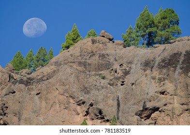 Cliff and moon. The Nublo Natural Monument. Tejeda. Gran Canaria. Canary Islands. Spain.