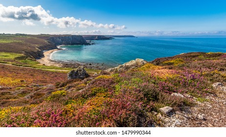 The cliffs of Pointe de Dinan, 6.5km west of Crozon, provide a dramatic outlook over the sands of Anse de Dinan and the rock formations locally known as the Château de Dinan - Brittany, France