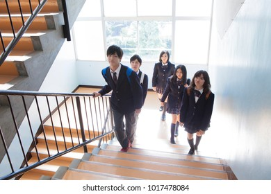 climbed the stairs Japanese high school students