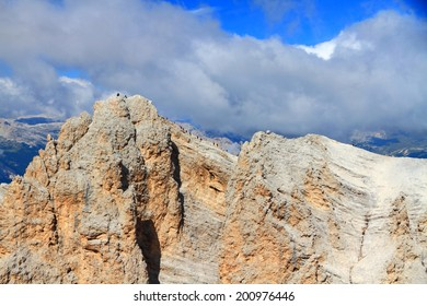 Climbers on the route to the summit of Monte Cristallo, Dolomite Alps, Italy