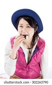 Climbing girl rice ball meal break