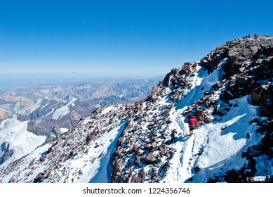 Climbing on Aconcagua Mountain, Horcones Valley, Aconcagua Provincial Park, Central Andes, Mendoza Province, Argentina.