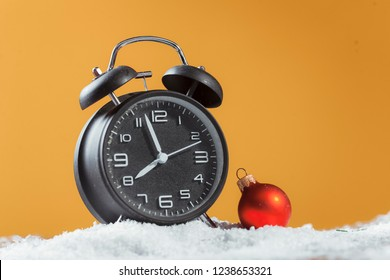clock with christmas for time change in winter