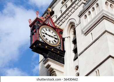 Clock at Royal Court of Justice