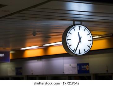 Clock Station