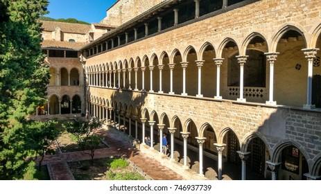 Cloister of the Monastery Santa Maria de Pedralbes (Monestir de Pedralbes), one of the most beautiful examples of Catalan Gothic architecture - Barcelona, Catalonia.