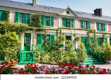 The Clos Normand house of Claude Monet garden Famous French impressionist painter 1840 1926 Giverny Normandy France