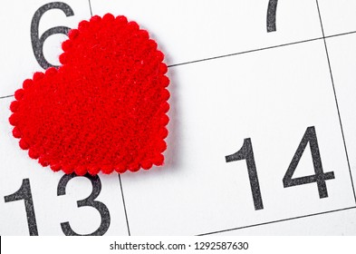 Close up 14th february date 2019 and red heart for reminder, Valentine concept.