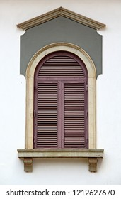 Close up of 17th century Portuguese era building facade with Corinthian style architecture window in Old Goa, India