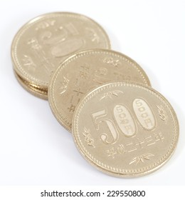 Close - up 500 Japanese currency yen coin