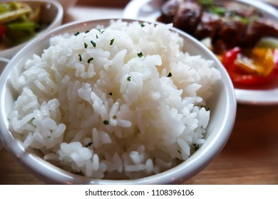 Close up a bowl of white rice