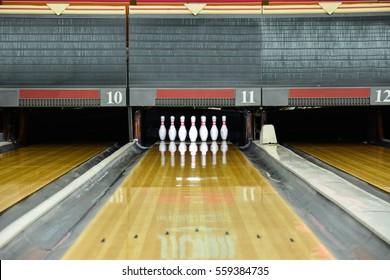 Close up of bowling.
