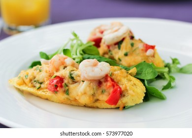 Close up of bruschetta bread with shrimps on the plate