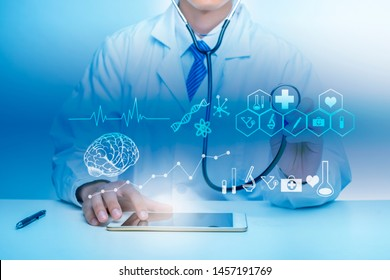 Close up of Doctor is showing medical analytics data, Medical technology concept