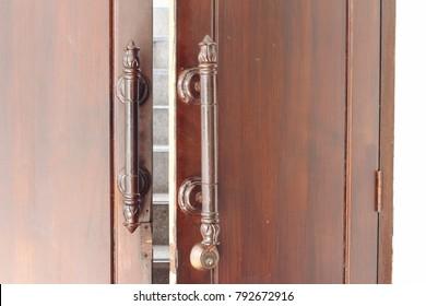 Close the door knob