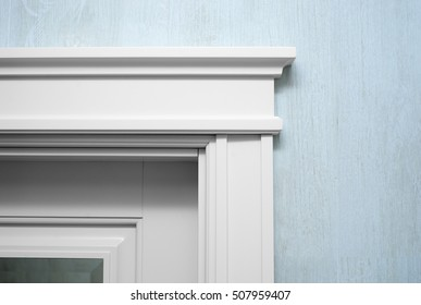 Close up an element of the door's molding