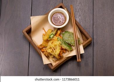 close up homemade Vegetable Tempura. (Selective Focus)