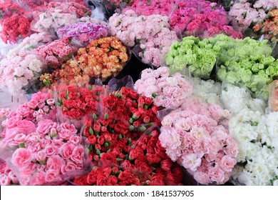 Close up image of Bouquet of colorful flowers