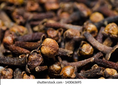 close up image of dried cloves