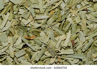 close up image of dried tarragon leaves